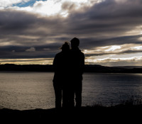 couple-love-romantic-silhouette